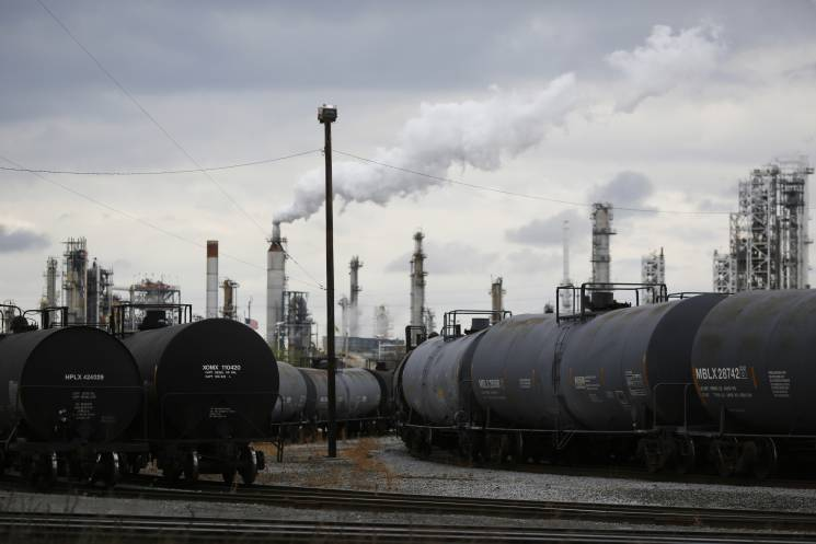 Railroad tanker cars full of crude oil