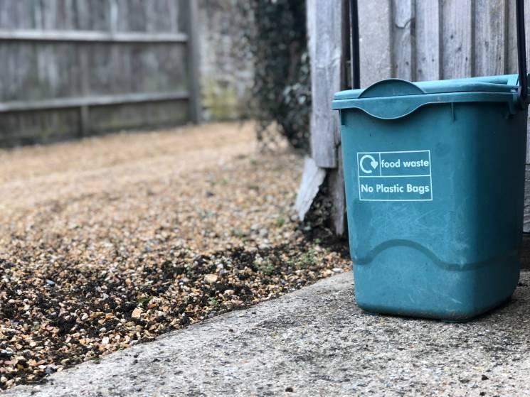 Cada vecindario debería tener contenedores para el compostaje; Patricia Valerio en Unsplash