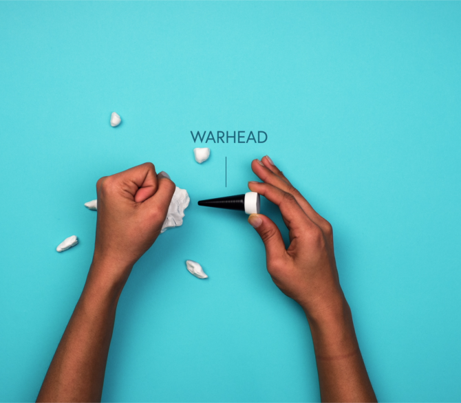 hand smashes warhead model